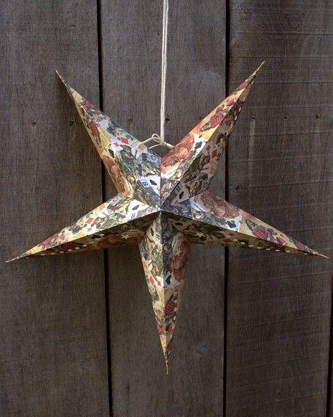 Fairtrade papieren kerstster.  Afb: Vintage kaart.  Afm: ø 60cm.  kerstster is excl. verlichting. www.katooenzoo.nl