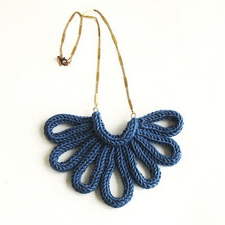Spool knit necklace