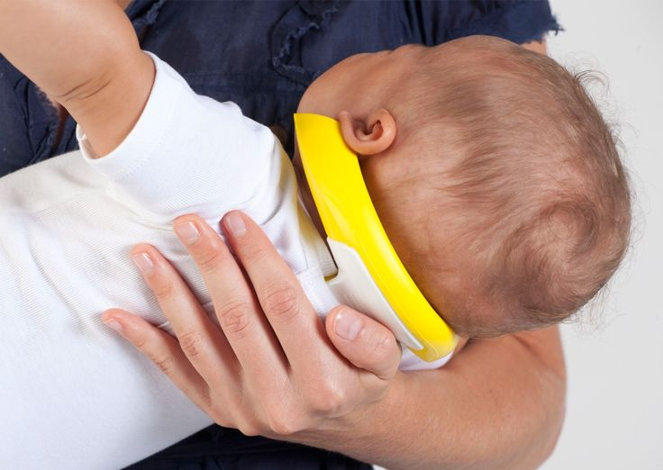The HoldEze, a helpful breastfeeding tool, available now at select Miami Publix locations. Buy yours online here: https://www.shopkidzstuff.com/product/holdeze-system/