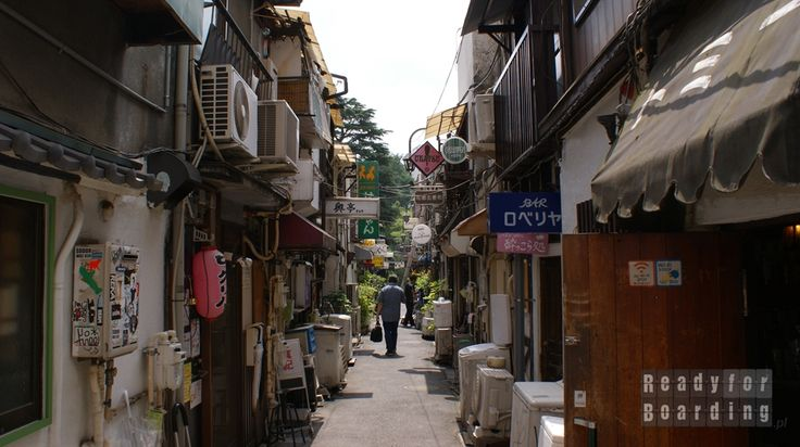 Shinjuku Golden Gai w Tokyo Japonia z #readyforboarding #tokio #travel #japan #tokyo