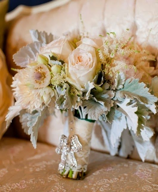 Neutral-Wedding-Bouquet shades of ivory brown