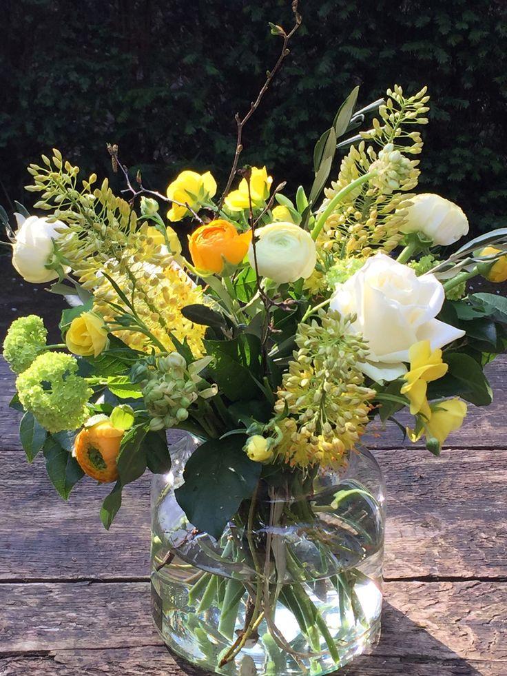 #voorjaarsboeket #blom #geelwit #blom #wageningen