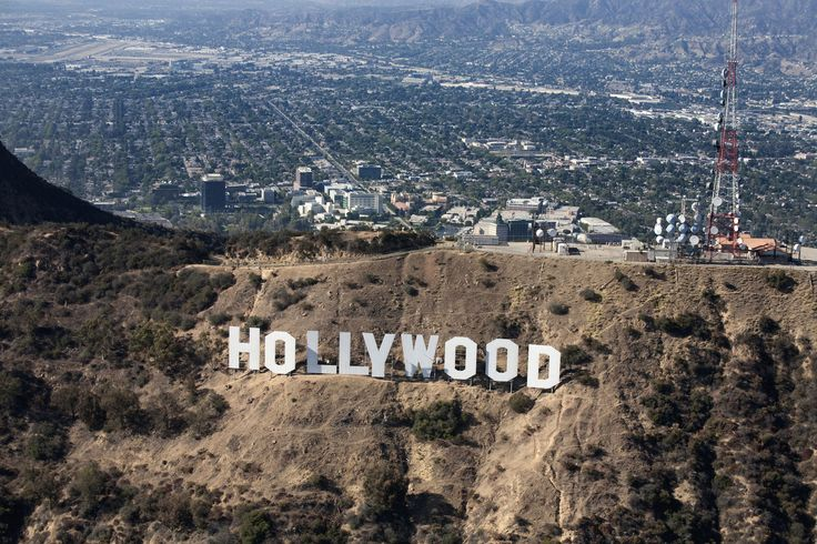 Discover the things you can do in Hollywood that don't require admission fees - includes how to hear the Hollywood Bowl Orchestra for free