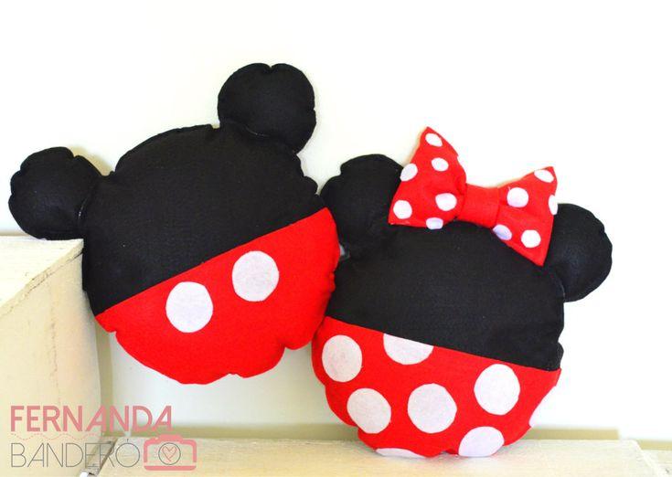 Almofadas Mickey e Minnie