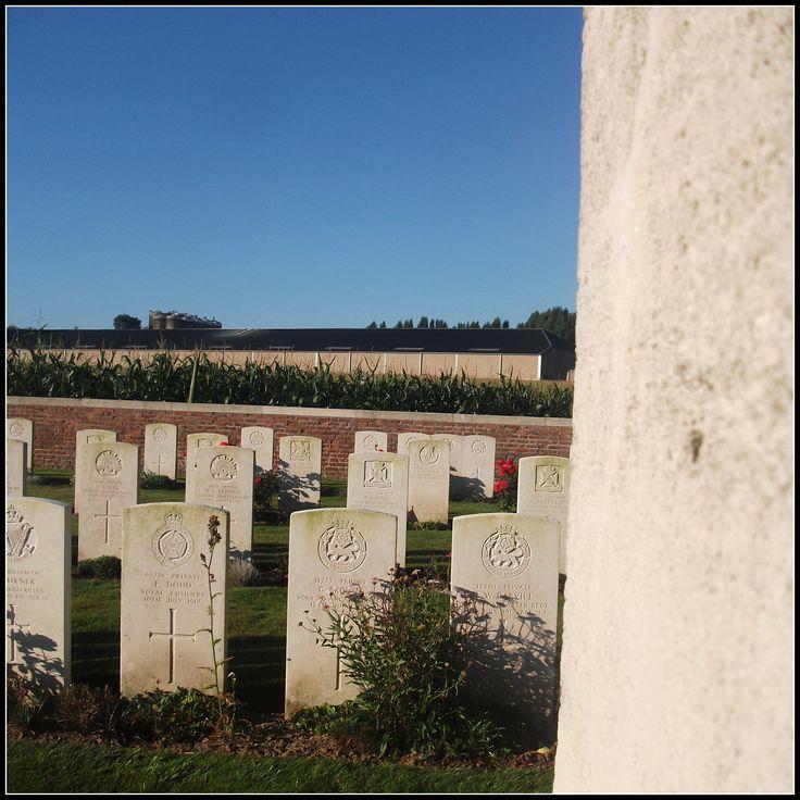 Cabin Hill Cemetery, Wijtschate (Belgium)
