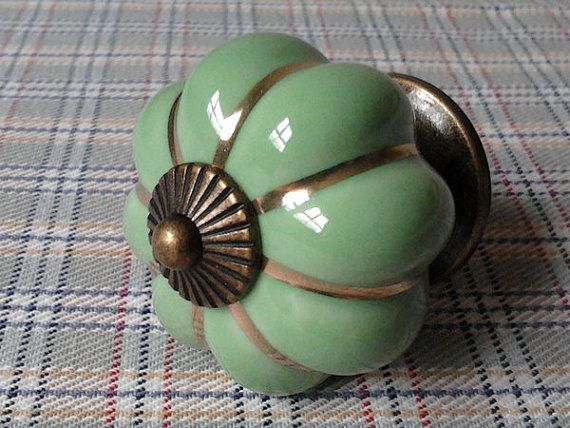 Drawer Knobs / Dresser Knob Pulls Handles / Green by ARoseRambling