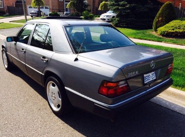 1991 Mercedes 300e // Love it!