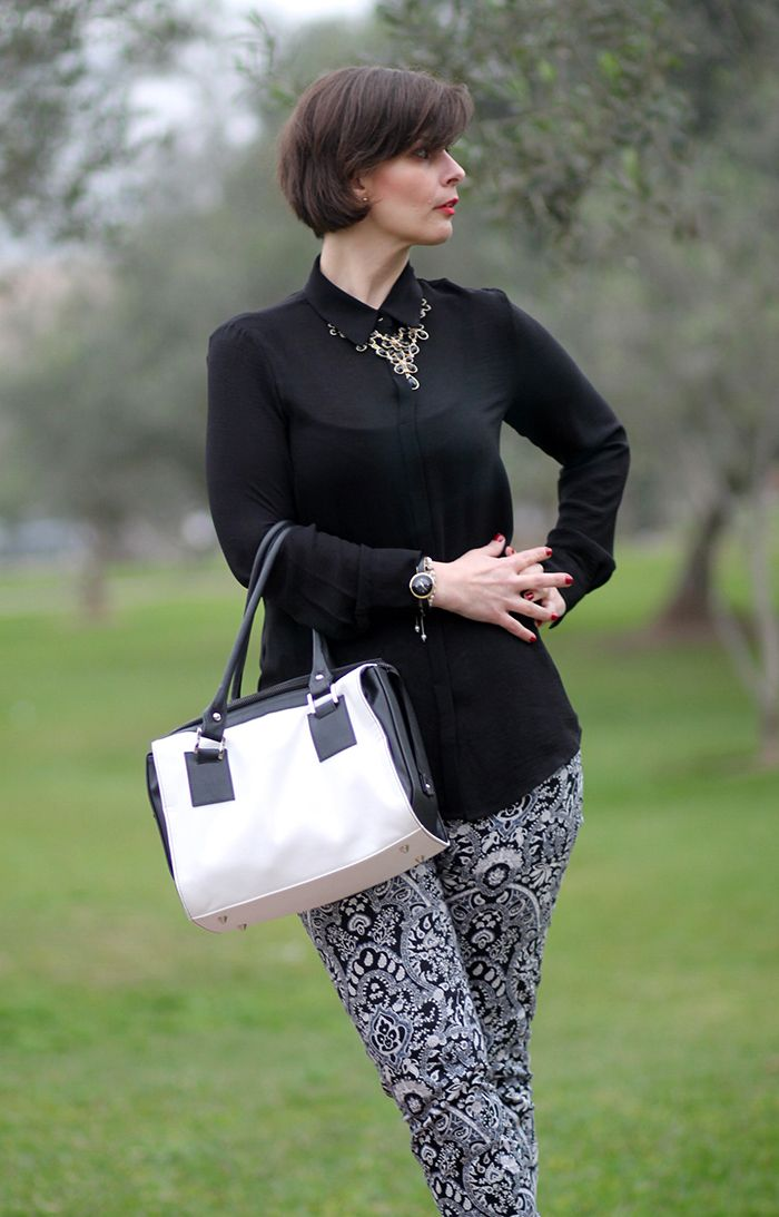 Divina Ejecutiva: Mis Looks - De blanco & negro