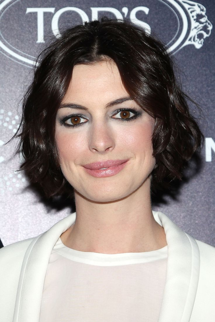 2014 bob hair styles 1000 images about hathaway s modern day style on 4788 | 4788f7cd1a90b23dae7af0bf97a14c2f