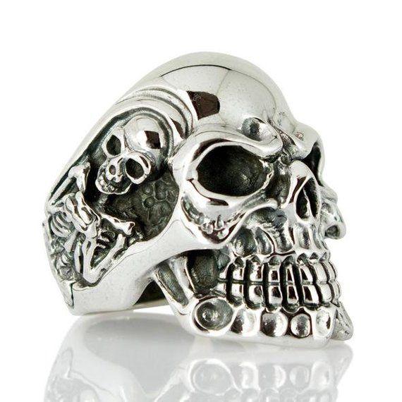 de6c9e8ce258 Silver Skull Ring