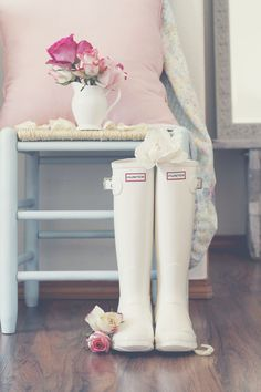 white hunter rain boots - I've never seen these before!