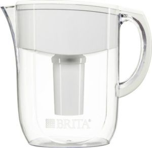 Brita Everyday Water Filter Pitcher- A great way to keep fresh, pure water available every day. Get your 64 ounces of daily water.. or more one of the best water pitcher filters on the market. #healthyliving #drinkmorewater