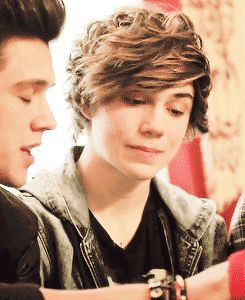 "Union J's George Shelley | via Tumblr<<<<<< JJ be like ""Im prettier than you George Shelly!"""