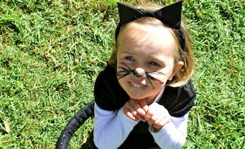 Looking for easy Halloween ideas and dress up costumes? Try making this cute cat costume with FREE printable ears template and a how-to video tutorial.