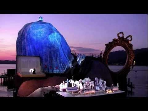 オーストリアで2年に一度開催される水上オペラ