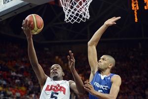 Nicolas Batum blocking Kevin Durant at Olympics Games