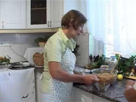 Hogyan is készül a házi rétes? - YouTube