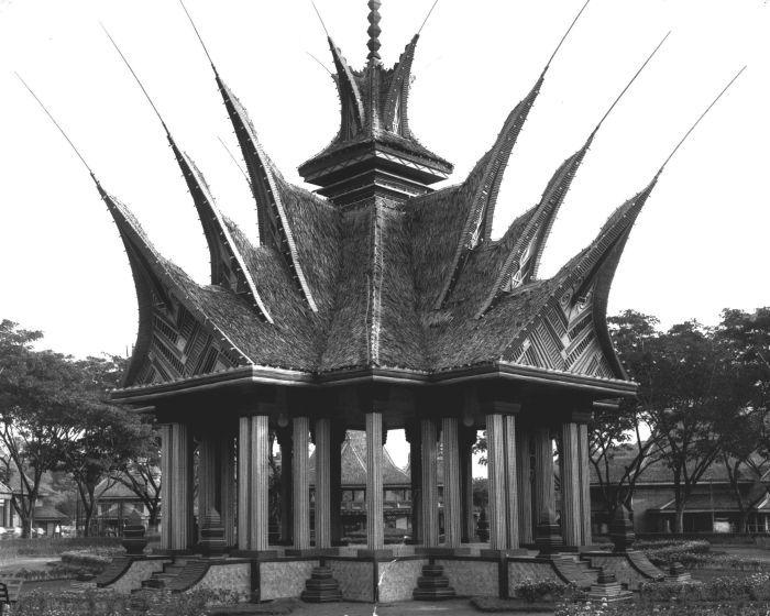 Pavilions at the Pasar Gambir in Batavia