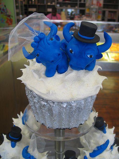 Blue Bull Bride and Groom Wedding Cupcake