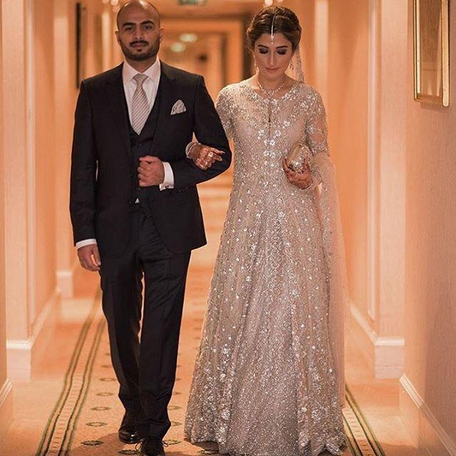 Natasha Petafi looks absolutely stunning in #MinaHasan on her Valima 😍 #wedding #love