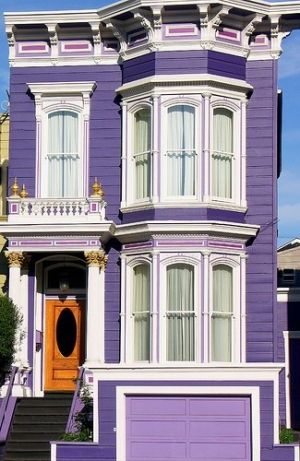 "This looks like a purple version of the Halliwell manor off of ""Charmed"" and I. WANT. IT. :D :D"