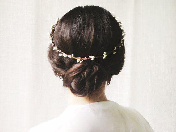 Rustic circlet Woodland halo Bridal headpiece por NoonOnTheMoon