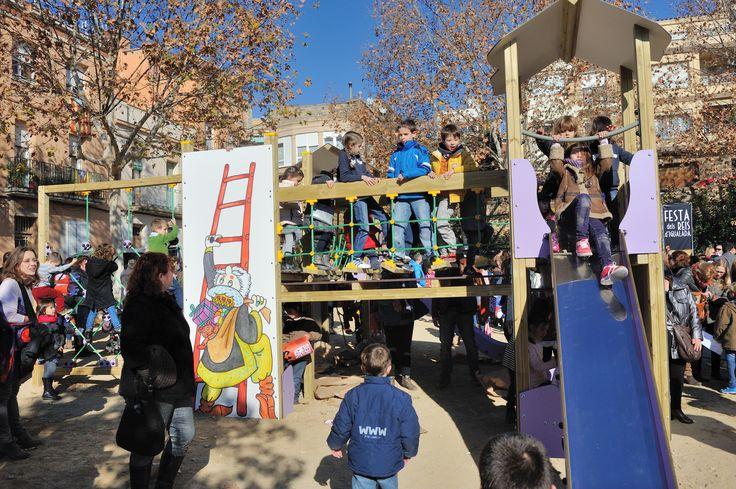 Nou Parc dels #Reis a Igualada a la plaça de l'Enxub. Foto: Ajuntament d'Igualada. Més informació: http://happyludic.com/ca/noticies/mostrar/Igualada-estrena-el-Parc-dels-Reis