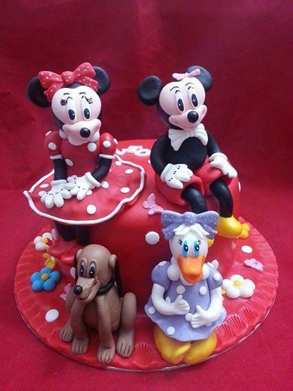Curs modelaj figurine Disney si alte sfaturi utile pentru reusita unui tort pe care doresti sa-l faci pentru cei dragi....11-12 august...detalii pe privat sau la nr de tel 0727.709.344...