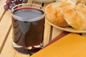 The secret to making delicious homemade grape juice is to never boil the grapes. Grape juice reduces bad cholesterol, helps maintain healthy blood pressure, prevents damage to blood vessels in your heart, and reduces the risk of blood clots. Do you see a down side to drinking fresh-made grape juice? Concord grapes are great for juicing. But there are a host of grape varieties for home-growing and most table grapes will work just fine for juicing. I like starting with a sweet grape and the…