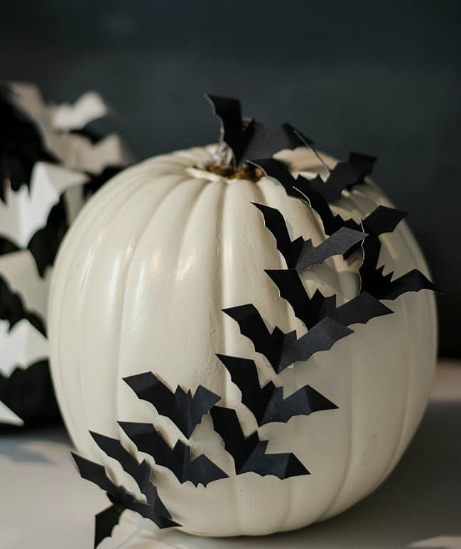 Easy Last-Minute Ways to Decorate for Halloween Halloween - cool halloween decorations you can make