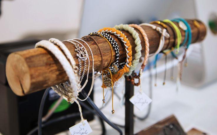 www.boutiquevestibule.com #jewelry #vestibulemtl #shoplocal #sisimple