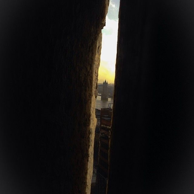 Looking through the keyhole of the Monument - London, England Photo by: Danielle Yaghdjian