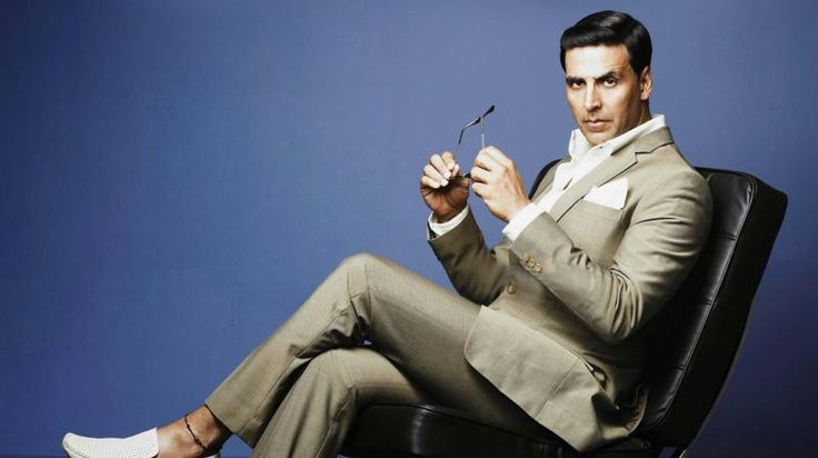 Famous Bollywood actors News and Gossips - Akshay Kumar Talks about the Martyred Soldiers!