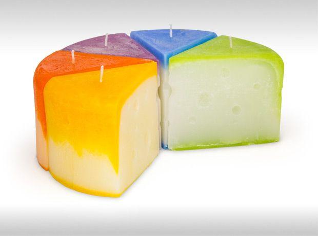 Atölye Mumini'den peynir şeklinde, el yapımı dekoratif mum. / Cheese shaped decorative hand made candle by Atölye Mumini.