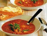Rajčatová polévka se zeleninou