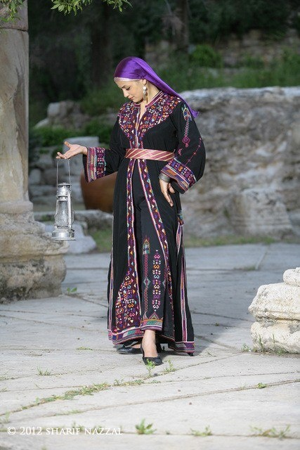 Traditional Palestinian Thobe
