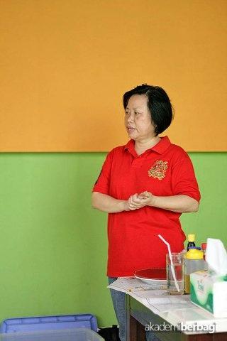 Guru Odelia at Akber Tangerang