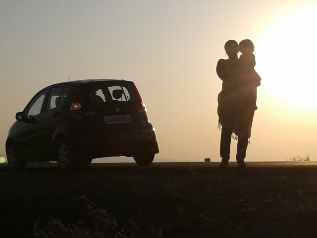 Sun coming down at the Great Rann of Kutch - Wifie and Kiddie!!