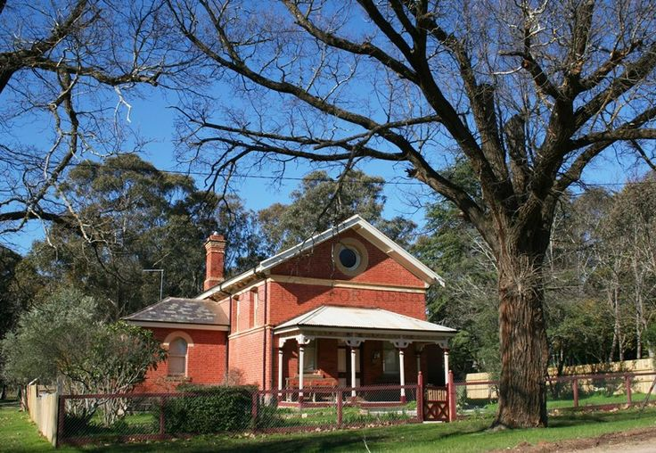 Fryerstown Court House for sale $480,000 - $528,000. 90 Castlemaine Street, Fryerstown VIC 3451