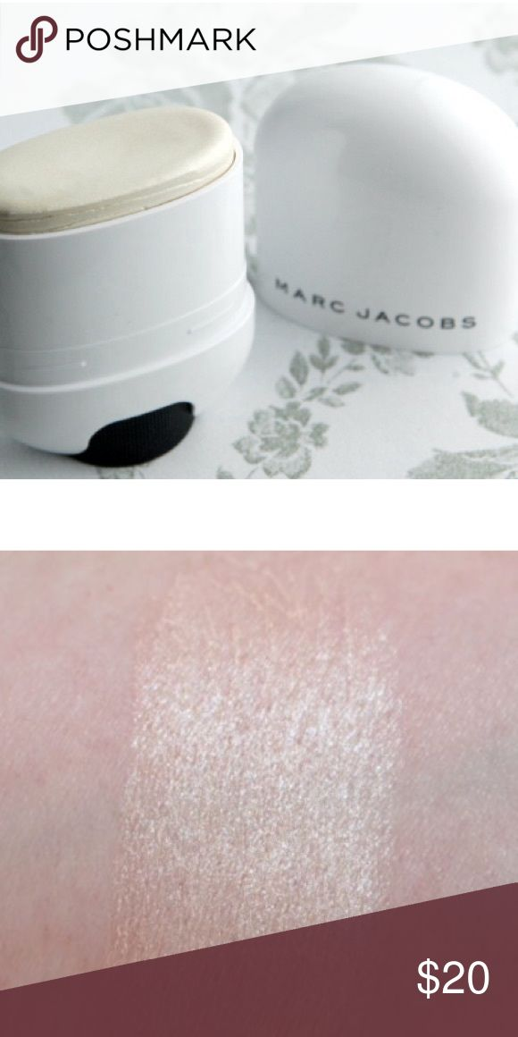 Marc Jacobs Glow Stick in Spotlight Only used to search, gifted to me from the brand to review Marc Jacobs Makeup Luminizer