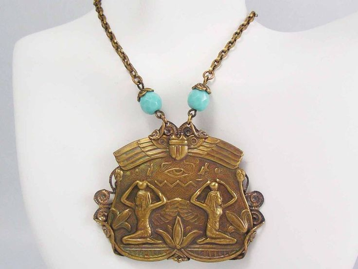 ART DECO EGYPTIAN REVIVAL Eye Of Horus Magical CZECH Faceted Blue Glass Necklace