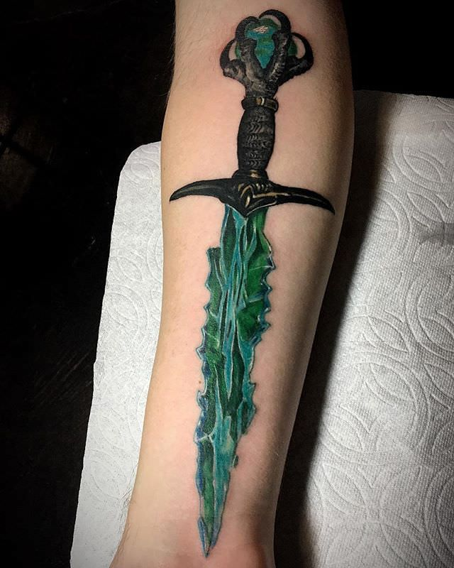 Crystal dagger tattoo on a forearm done by me Andre Garcia @ Apothic Heart Tattoo Collective, Sacram