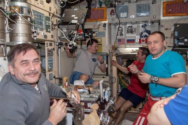 Keseharian di Stasiun Luar Angkasa Internasional