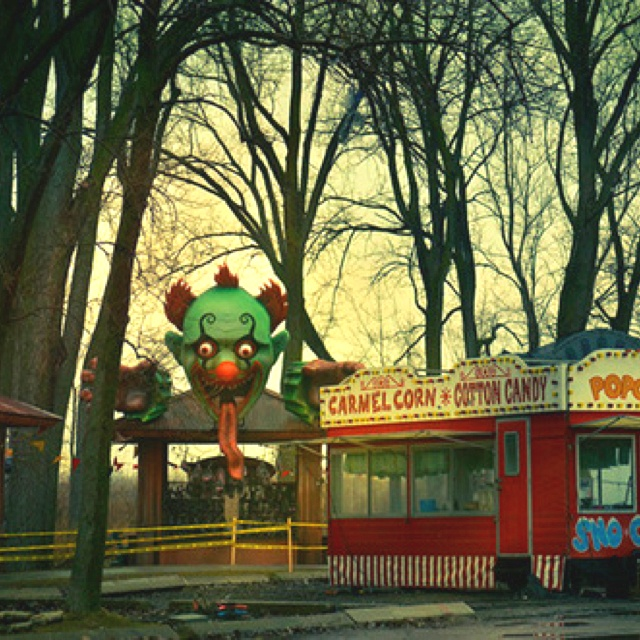 83 Best Images About Carnivals And Haunted House Rides On