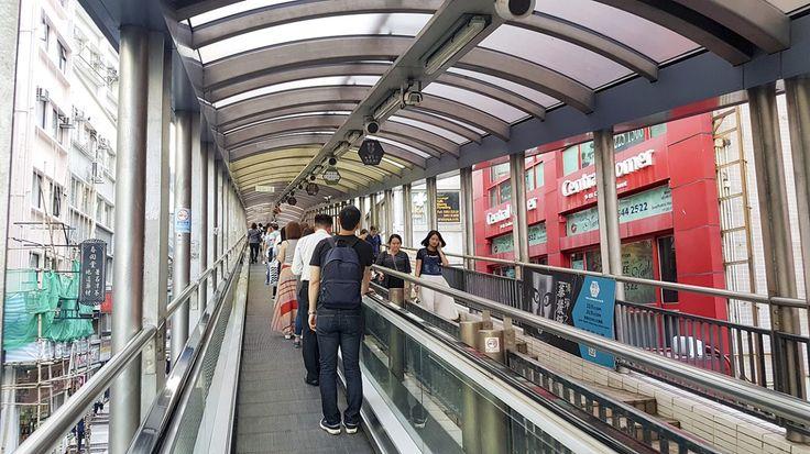 Central Mid-levels Escalator Reistip - GlobeHopper