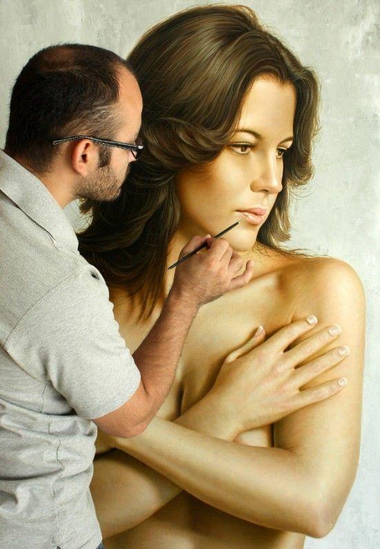 The Hyper-realistic paintings of Omar Ortiz.