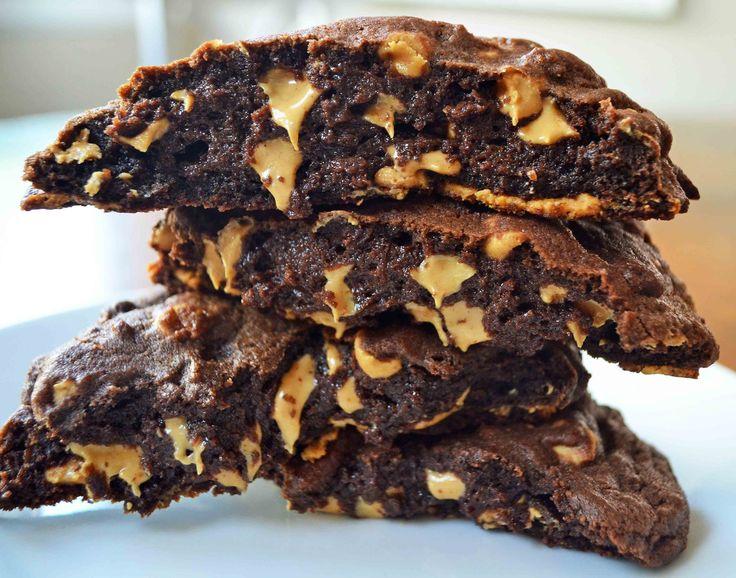Levain Bakery Dark Chocolate Peanut Butter Chip Cookie The Best Copcyat Levain B Peanut