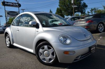 2000 Volkswagen New Beetle GLS http://www.iseecars.com/used-cars/used-volkswagen-new-beetle-for-sale