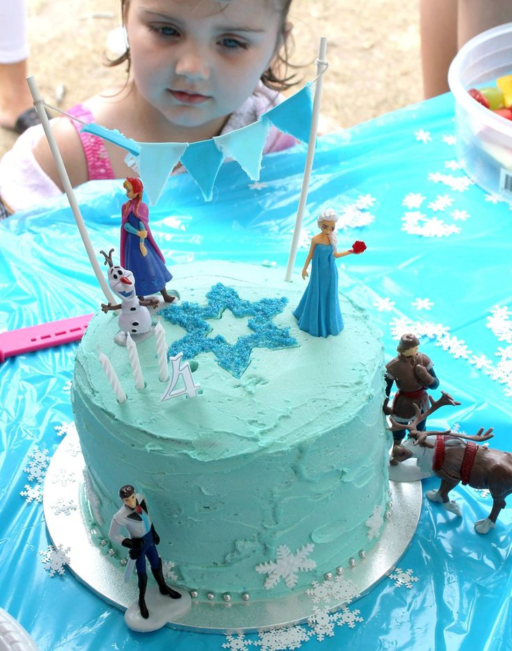 Frozen party ideas, Frozen Cake - Rebel Without A Pause
