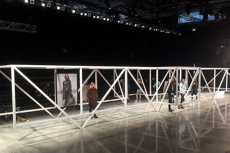 New Zealand Fashion Week 2016's opening show featured a dynamic installation created by design firm Taylored Studio.